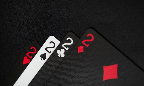 Do you want to know the different types of online gambling bonuses? If yes, then check below.