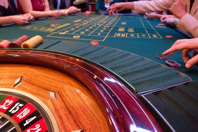 Confused about which website to choose for online gambling? Here are some tips for choosing the reliable online gambling platform