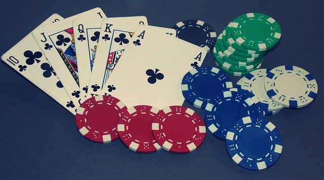 What Are The Perks Of Considering Online Soccer Betting Besides Playing Casino Games?