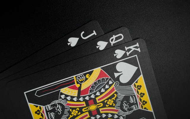 A few advantages of online casinos that distinguish it from other platforms
