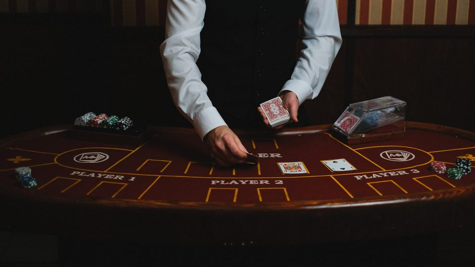 Are you a victim of losses when you gamble online? If so, then take a look at these tips to increase your chances Of WINNING!
